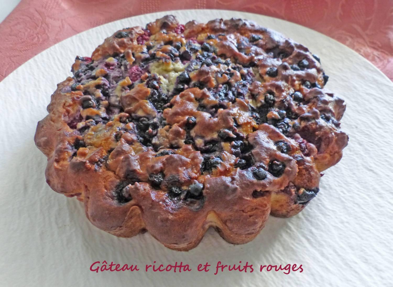 Gâteau ricotta et fruits rouges P1250679 R