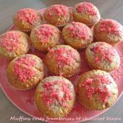 Muffins roses framboises et chocolat blanc P1270223 R