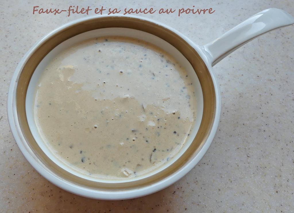 Faux-filet et sa sauce au poivre P1010283 R (Copy)