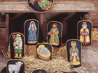 Check Out This Lovely Stitched Nativity