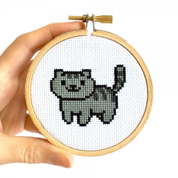 Free Cross Stitch Patterns for Neko Atsume Cats – Cross-Stitch