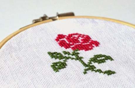Easy Cross-Stitch Roses