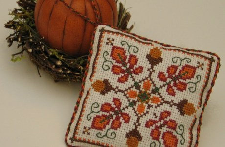 Celebrate Fall and Stitch an Autumn Acorn Medallion