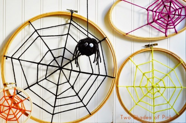 embroidery hoop spiderwebs