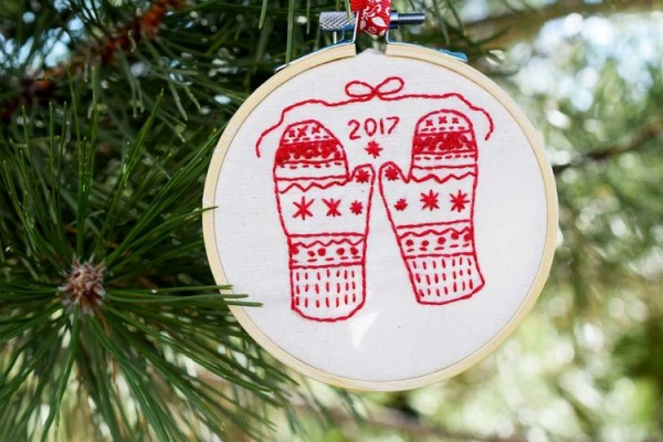 mittens embroidery pattern