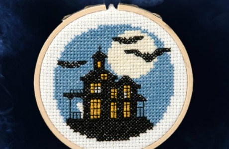 Stitch a Haunted House with this Free Pattern