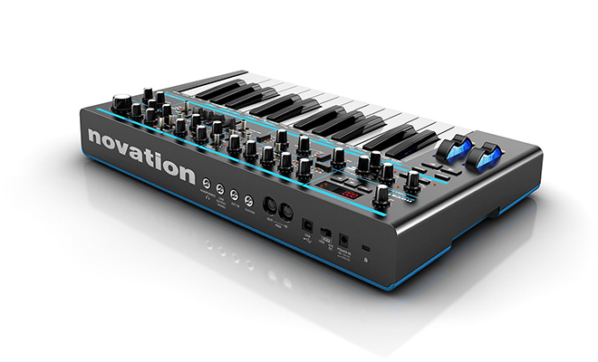 bassstation2_rear
