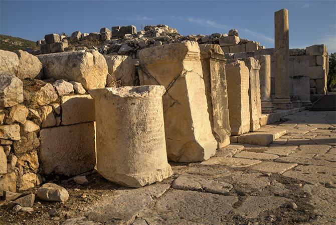 Columns at Patera s