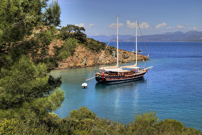 Gulet in Turquoise Water s