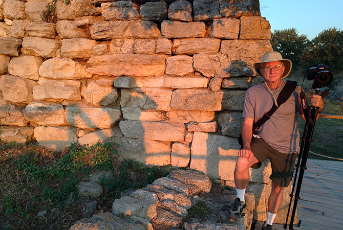 Tom at Wall of Troy