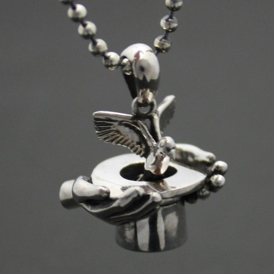 マジシャンのハットから鳩が飛び出るペンダント!「MAGICIAN HANDS」2