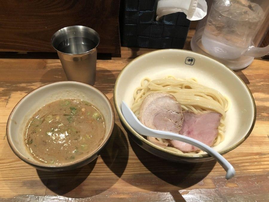 大阪・中津「麺や 輝」つけ麺
