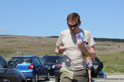 Cross the UK: HTCS Duke of Edinburgh Silver Final Expedition North Yorks Moors Stonesy Eating Again.