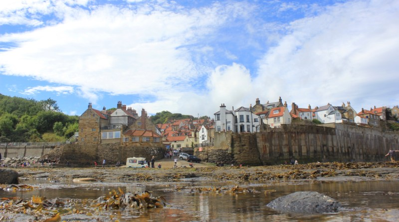 Fendog's 2nd Artistic Shot of Robin Hoods Bay