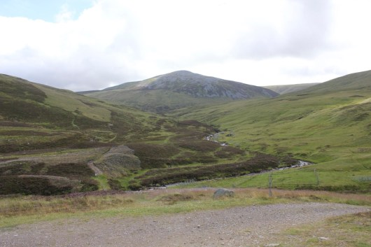 The path from the car park on to Carn an Tuirc