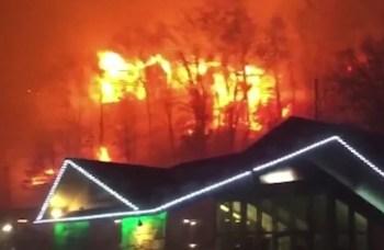 161128235625-southern-fires-gatlinburg-tennessee-jnd-orig-vstop-00000000-exlarge-169