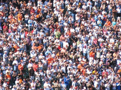 cropped-crowd-foule.jpg