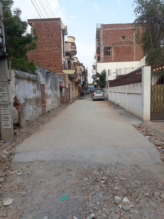 Cemented road