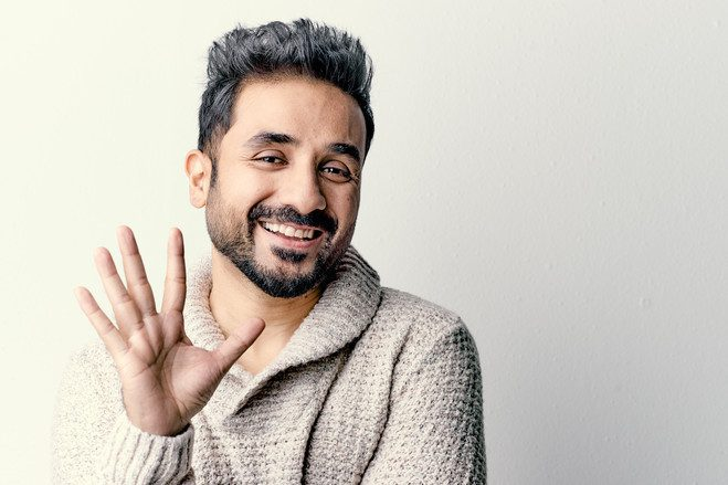 An Elderly Person Sneezes On Actor and Comedian Vir Das