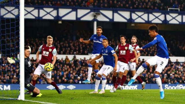 Everton FC v Burnley FC Premier League aa2ca6920d6b1e355becdd485a777ee3