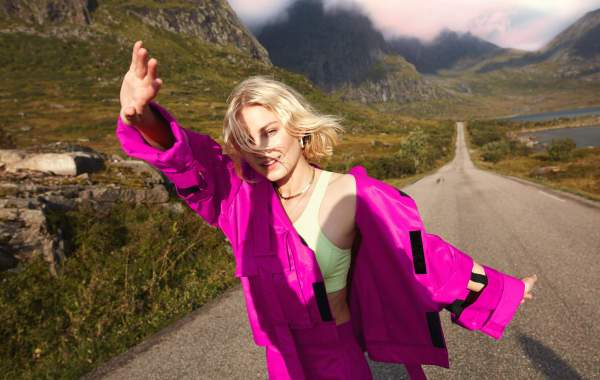 Astrid S - Marilyn Monroe lyrics