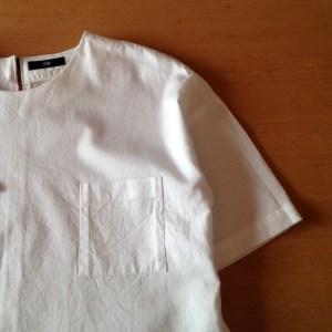 ポケット。これがTシャツっぽさのポイント。