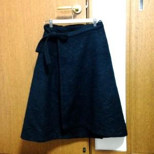 間違えた布は、巻きスカートになりましたとさ。