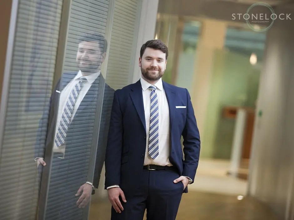 Dressing for success in your business headshot photo