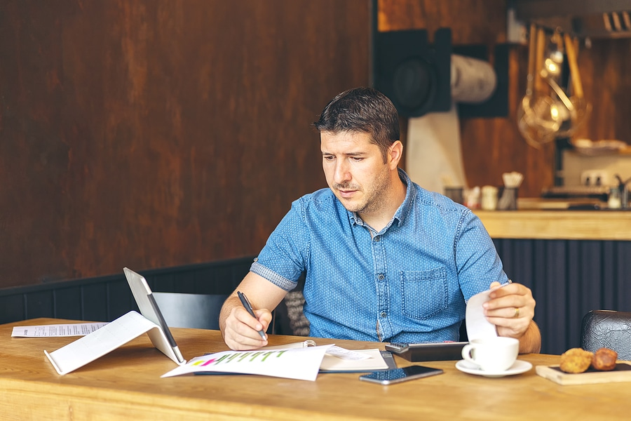 UNDERSTANDING SMALL BUSINESS ESSENTIALS