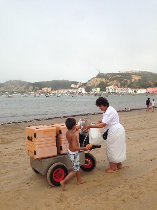 cecilia, bolos na praia, praia, são martinho, são martinho do porto