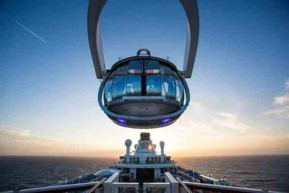 Quantum of the Seas, Northstar lifts guests above the ship and seas to heights of 300ft.