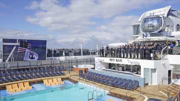 Ovation of the Seas - Delivery
