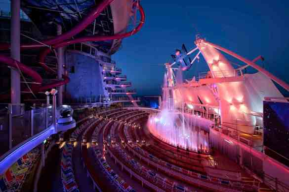 AquaTheater - Deck 6 Aft