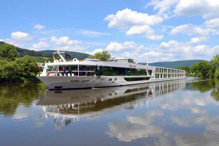European river cruise features