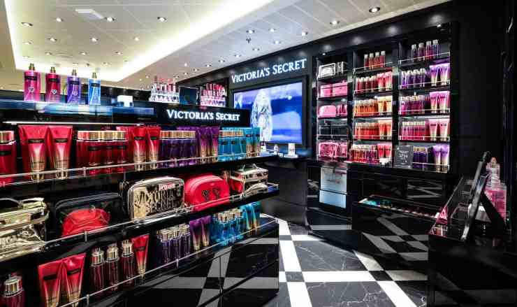 Carnival's first-ever Victoria's Secret aboard Carnival Horizon