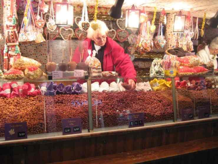 Roasted nuts at the Nuremberg Christmas market