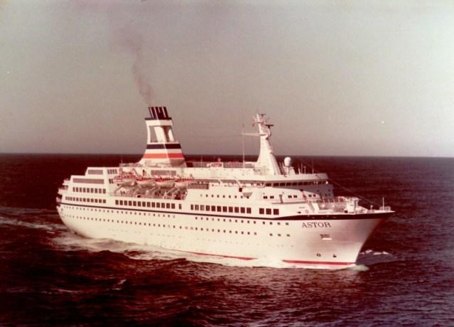 astor-cruise-ship