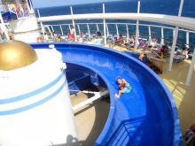 brilliance-of-the-seas-pool