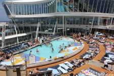 oasis-of-the-seas-sports-pool