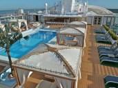 royalprincess-retreat-pool