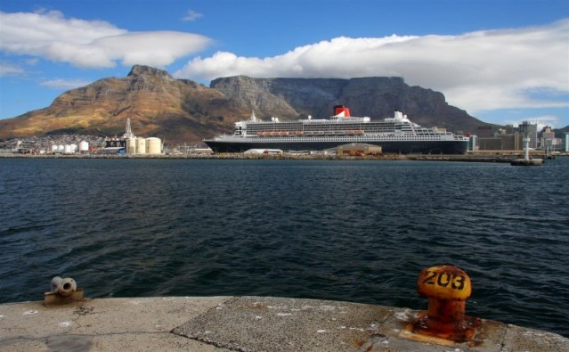 queen mary 2 capetown 2