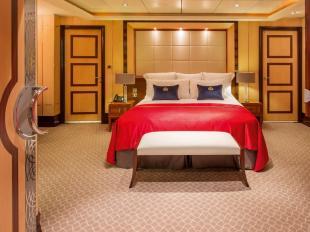 queenmary2-balmoral-bedroom