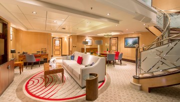 queenmary2-balmoral