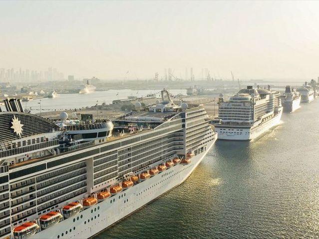 dubai cruise ships2