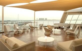 qe2-hotel-dubai-yacht-club-2