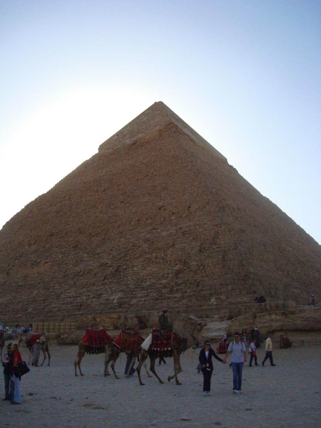 Die zweithöchste der Pyramiden von Gizeh
