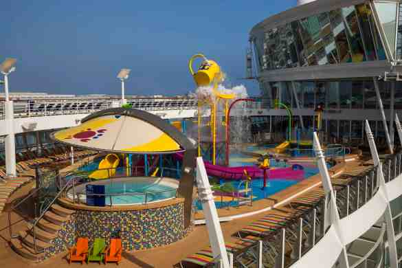 Splashaway Bay - Deck 15 Midship Starboard Harmony of the Seas - Royal Caribbean International