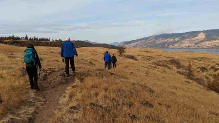 Rowena Plateau hike