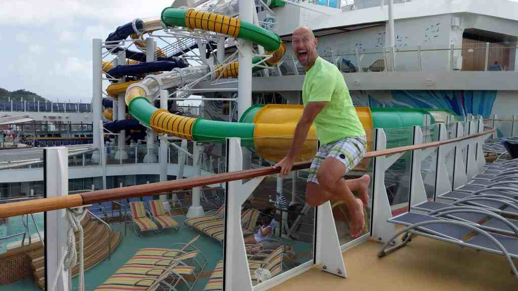 5 Ways to Avoid the Crowds on the World's Largest Cruise Ship | 31