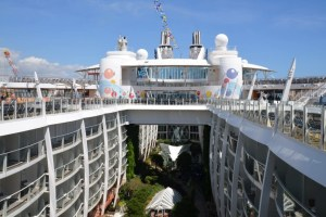 How to Choose Your Oasis of the Seas Stateroom
